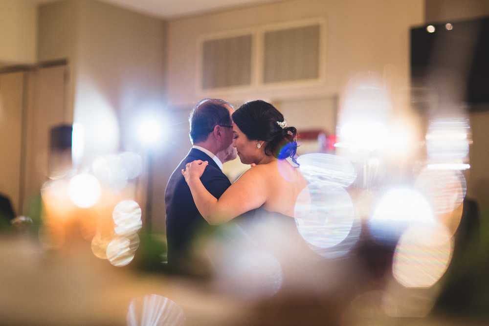 father-daughter-creative-wedding