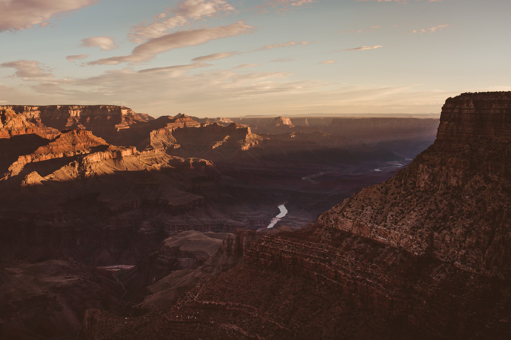 Sunrise-at-the-grand-canyon