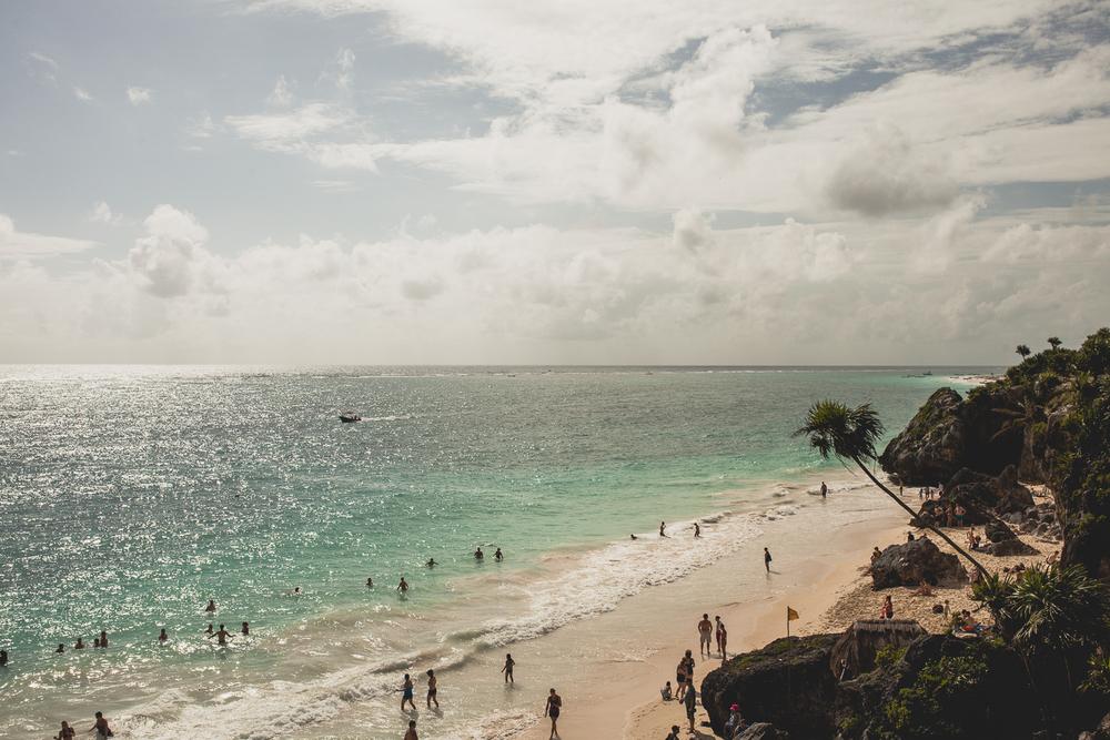 Mexico-travel-wedding-photographer-Tulum