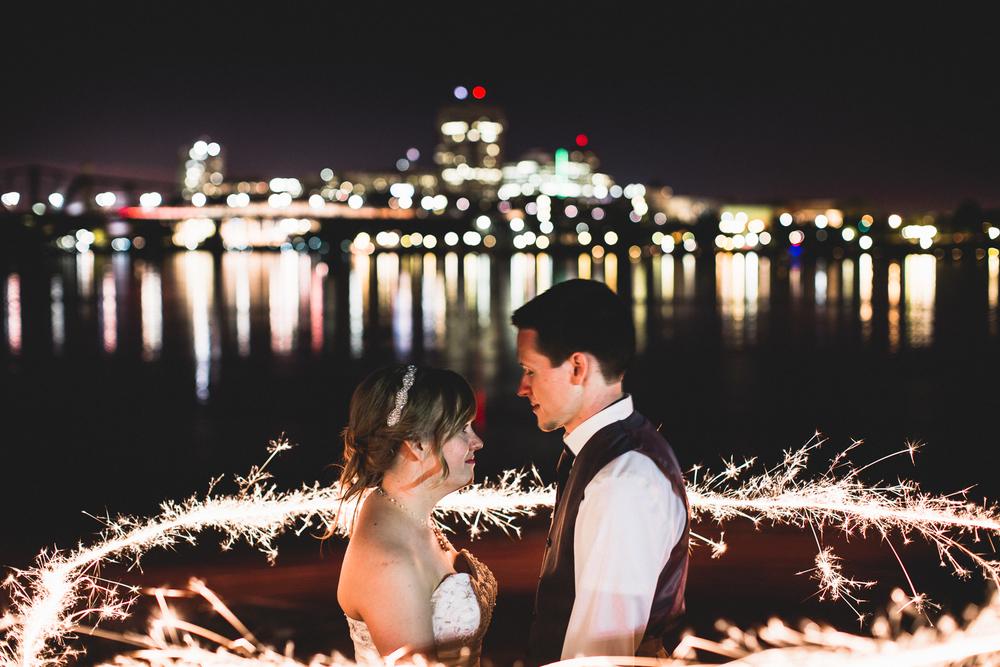 wedding-day-portrait-sparkler