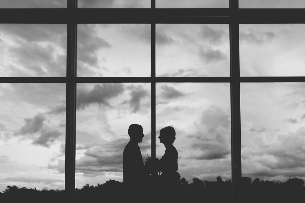 36-alternative-silhouette-wedding-photographer.jpg