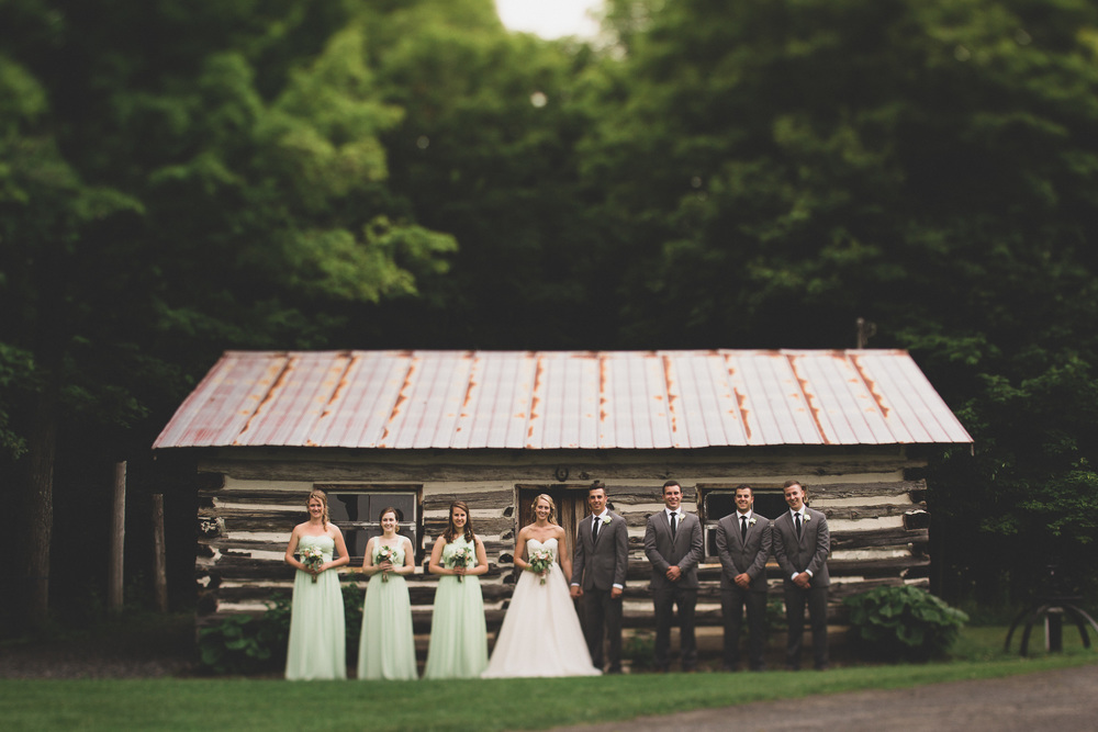 10-temples-maple-sugar-hipster-wedding-photographer-in-Lanark-ontario.jpg