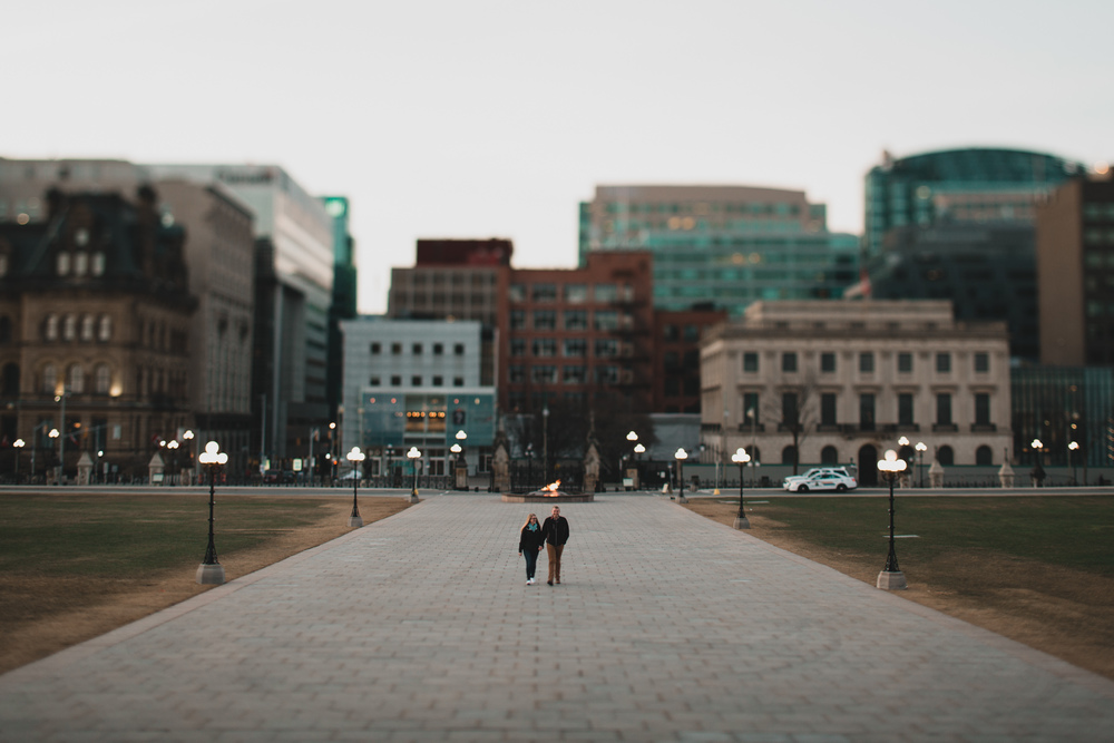 Downtown Ottawa wedding and engagement photographer