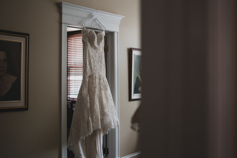Natural light wedding photographer, Ottawa