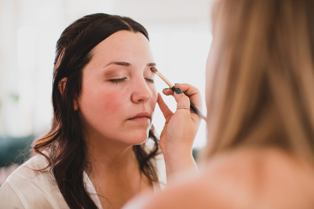 Ottawa wedding photographer - Getting Ready