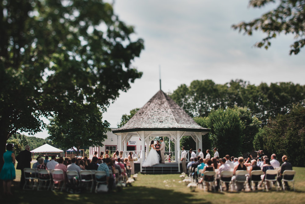 Ottawa outdoor wedding ceremony location