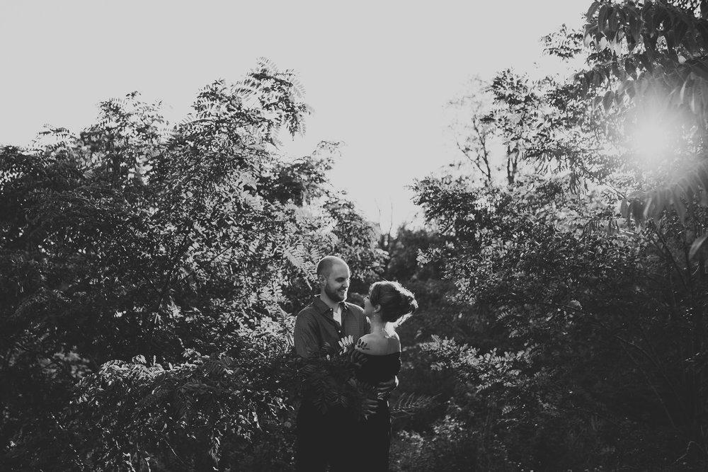 007-Jonathan-Kuhn-Photography-SallyToby_Engagement_WEB-4394.jpg