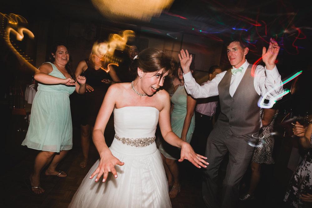 Yangtze Wedding Dance