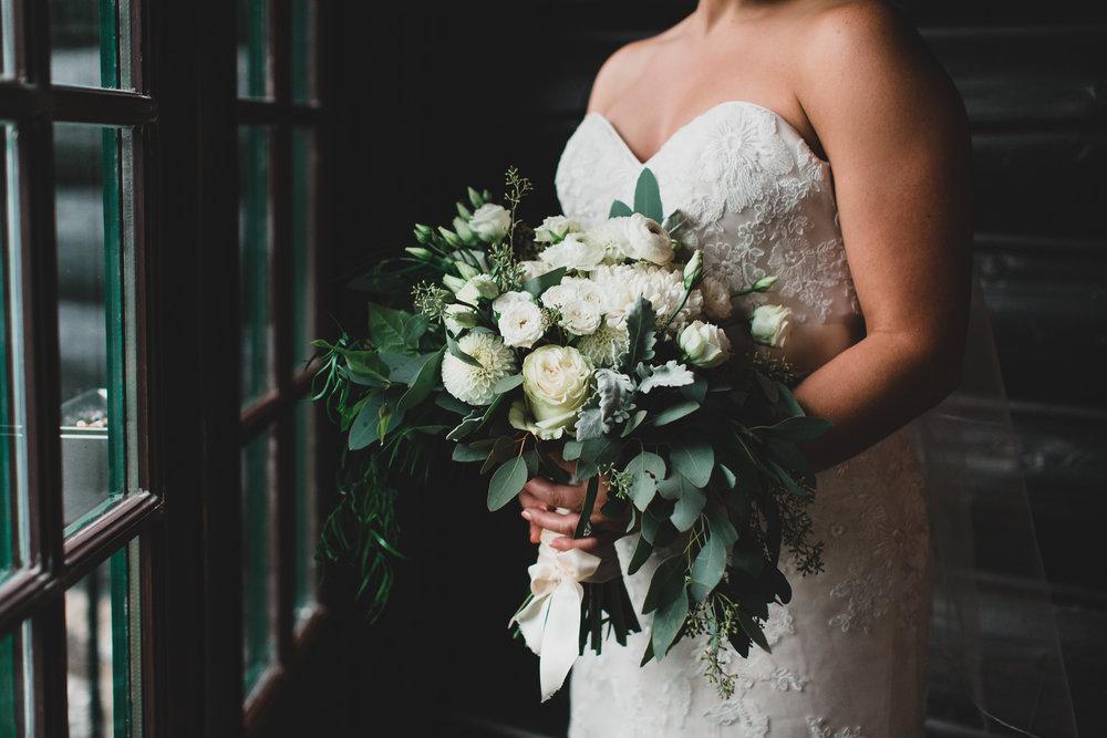 Jazz Fleurs Fleuriste, Wedding Bouquet
