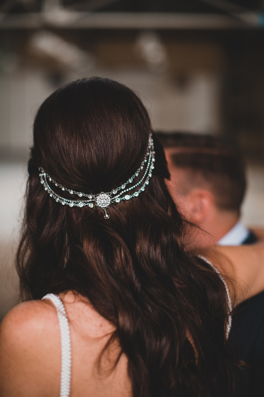 Vintage style bride details, headpiece