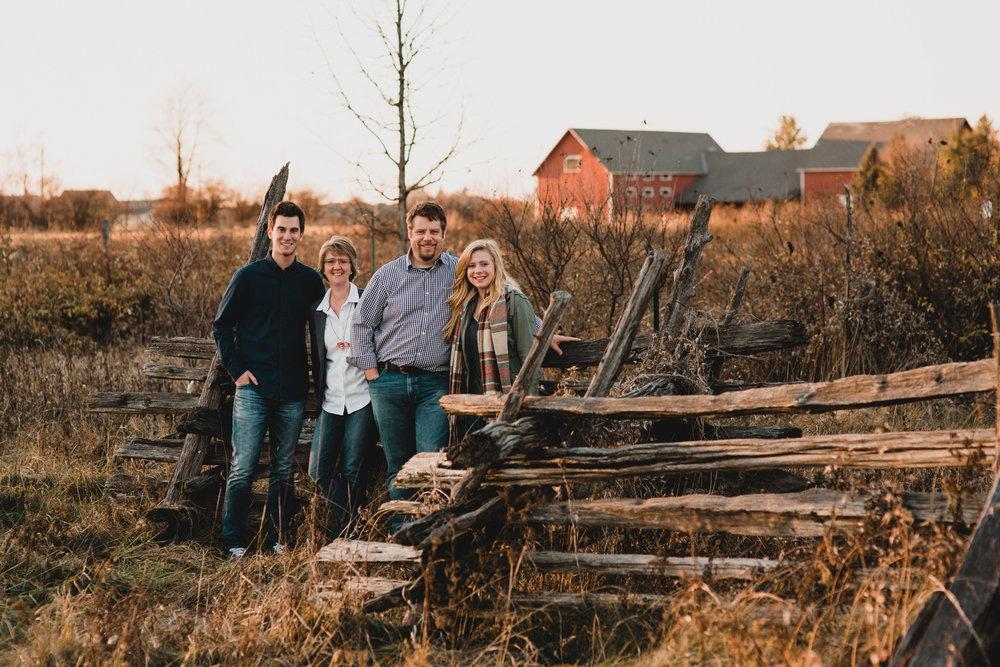 Fall Family Photos, Ottawa Photographer