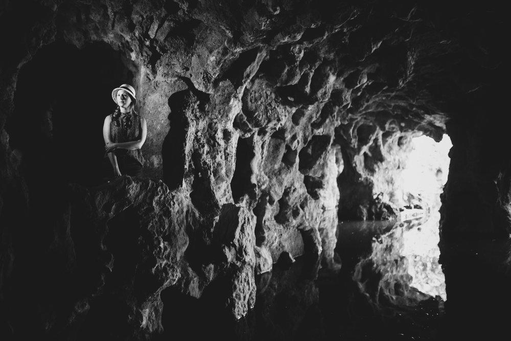 Underground caves in Quinta da Regeleira