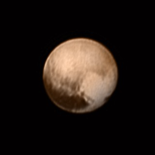 This is how Pluto now looks to the @NASA #NewHorizons probe. The closest ever pic of the frozen dwarf planet. Beautiful isn't it?