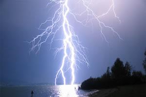 lightning_300.jpg