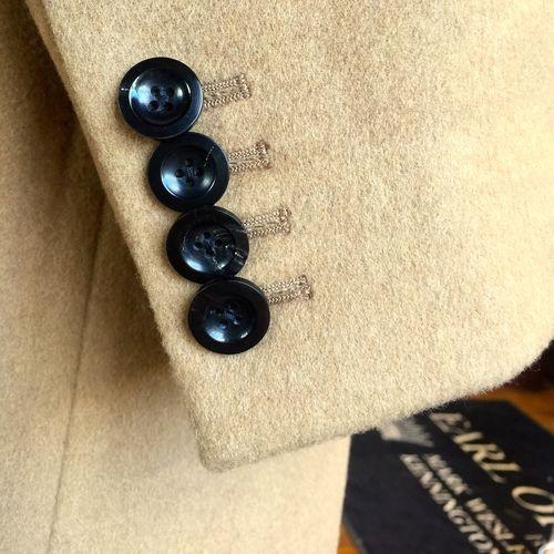 33b684ba1a4 Arthur Daley cuff buttons close up.jpg