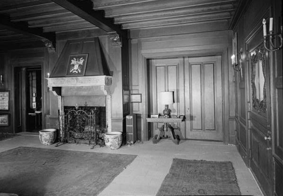 1969 View of Entrance Hall
