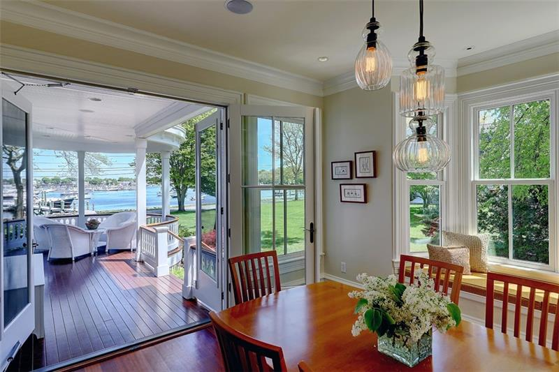 Luxe_and_Livable_Interior_Design_Blog_by_Maloney_Interiors_Barrington_Rhode_Island_Residential_Properties_Real_Estate_1.jpg