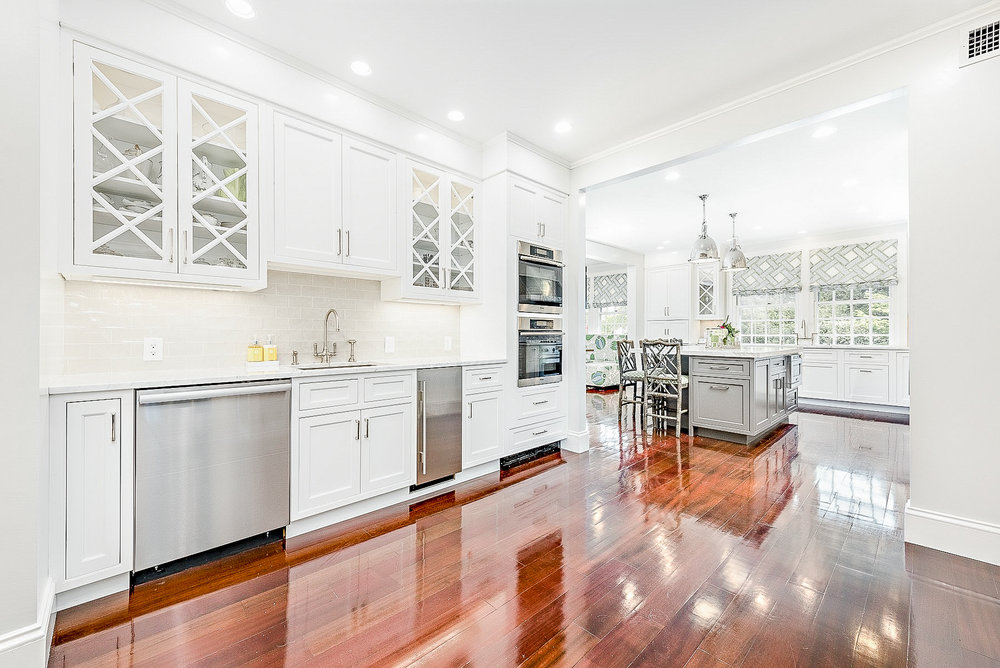 Luxe_and_Livable_Interior_Design_Blog_by_Maloney_Interiors_Newport_Rhode_Island_Mott_and_Chace_Real_Estate_12.jpg