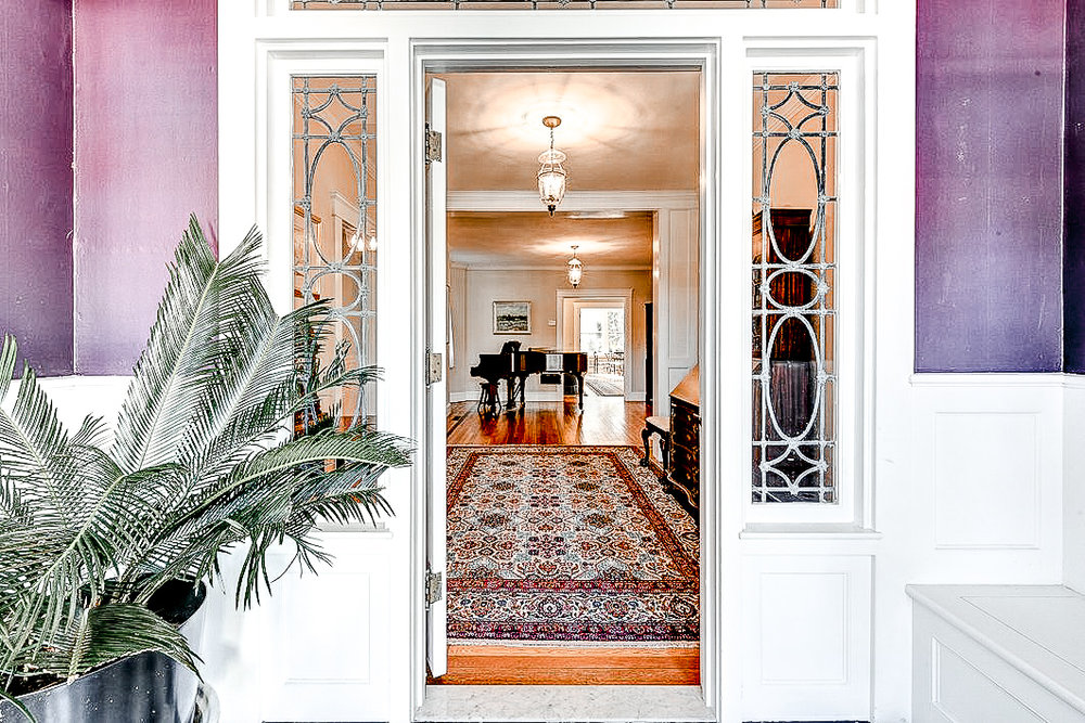 Luxe_and_Livable_Interior_Design_Blog_by_Maloney_Interiors_Newport_Rhode_Island_Residential_Properties_Real_Estate_06.jpg