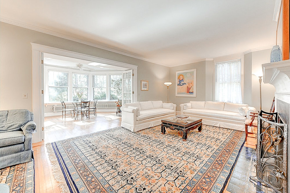 Luxe_and_Livable_Interior_Design_Blog_by_Maloney_Interiors_Newport_Rhode_Island_Residential_Properties_Real_Estate_10.jpg