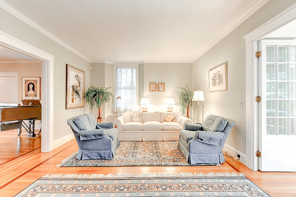 Luxe_and_Livable_Interior_Design_Blog_by_Maloney_Interiors_Newport_Rhode_Island_Residential_Properties_Real_Estate_12.jpg