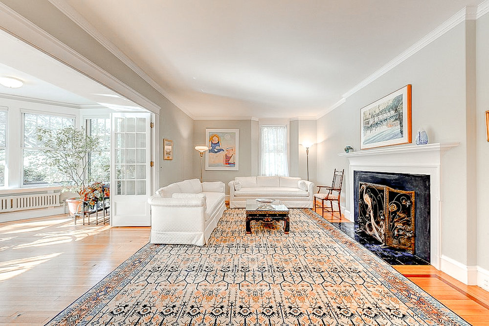 Luxe_and_Livable_Interior_Design_Blog_by_Maloney_Interiors_Newport_Rhode_Island_Residential_Properties_Real_Estate_11.jpg