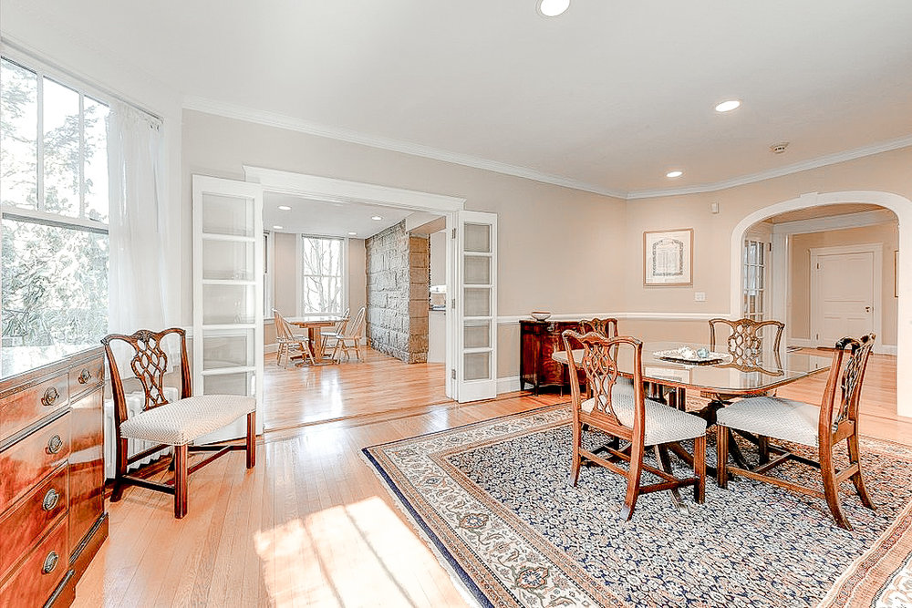 Luxe_and_Livable_Interior_Design_Blog_by_Maloney_Interiors_Newport_Rhode_Island_Residential_Properties_Real_Estate_13.jpg