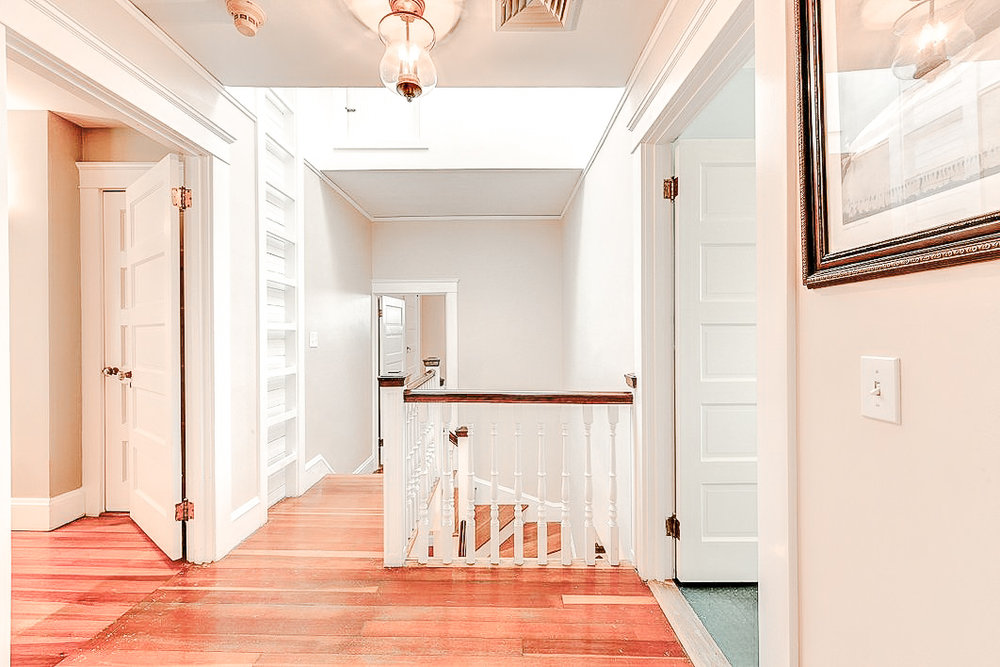 Luxe_and_Livable_Interior_Design_Blog_by_Maloney_Interiors_Newport_Rhode_Island_Residential_Properties_Real_Estate_16.jpg