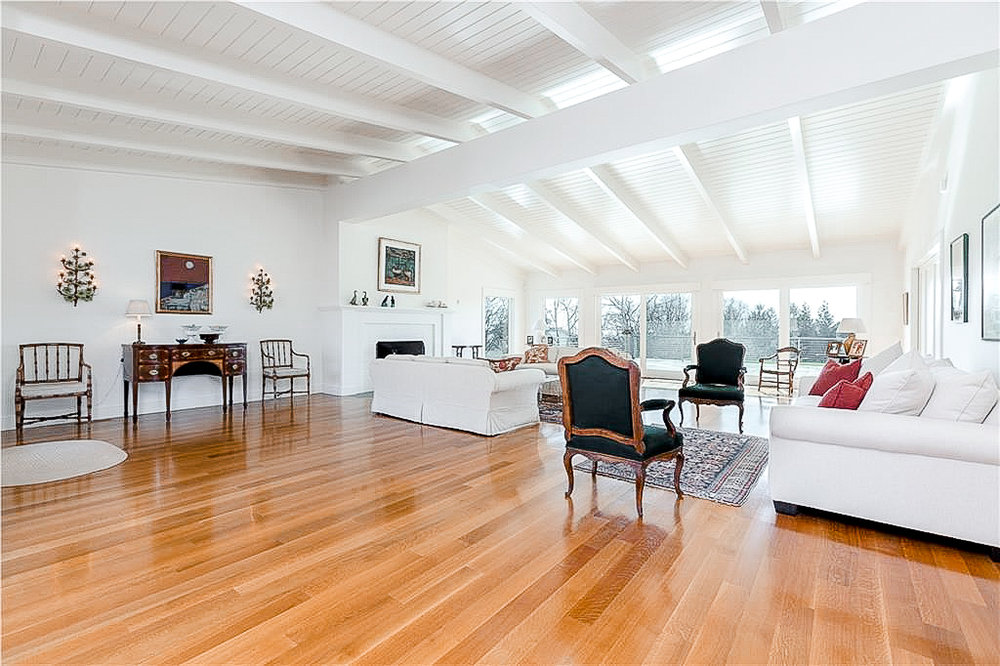 Luxe_and_Livable_Interior_Design_Blog_by_Maloney_Interiors_Newport_Rhode_Island_LilaDelman_Real_Estate_Westerly_03.jpg