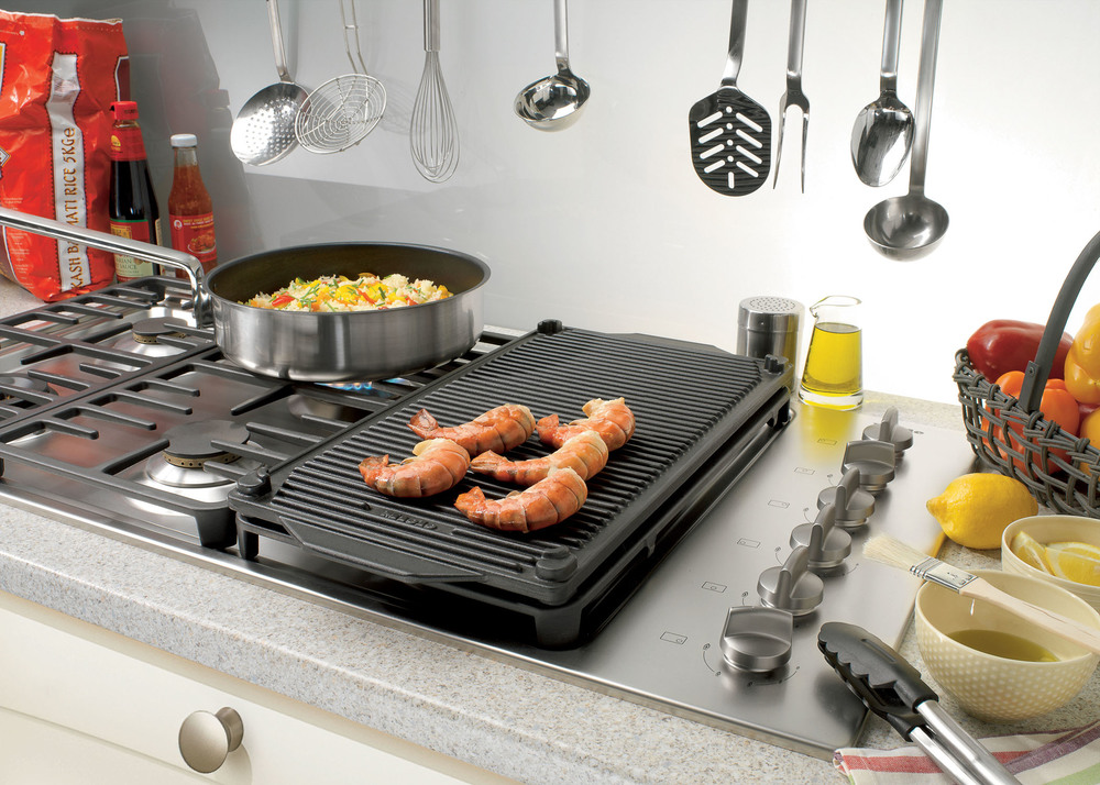 Kitchen appliances for cooking 30