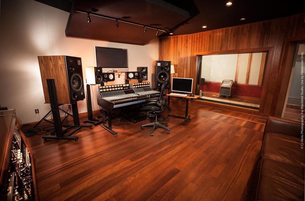 Studio E - Control Room