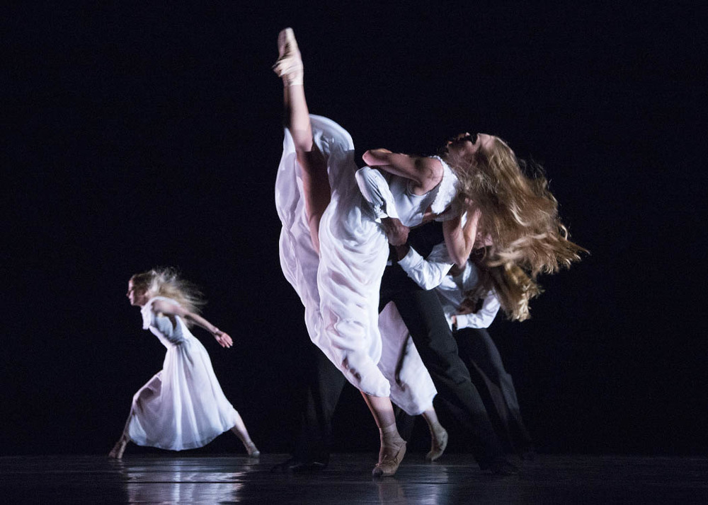 colony  | nextWAVEla | la ballet    hoto: reed hutchinson