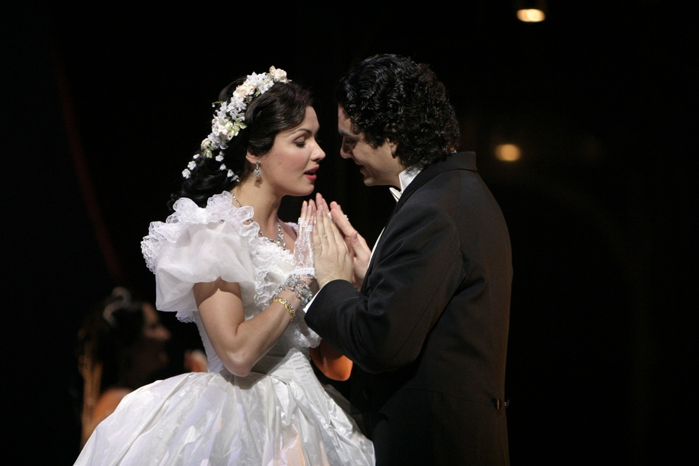 Romeo et Juliette  | LA Opera    photo: Robert Millard