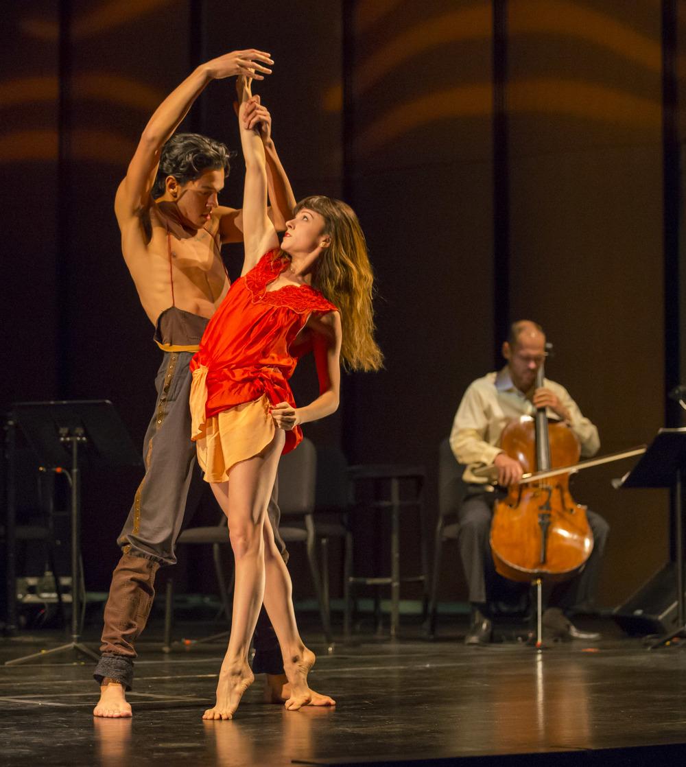 MusicNOW   chicago symphony orchestra    direction  choreography    photo: Todd Rosenberg