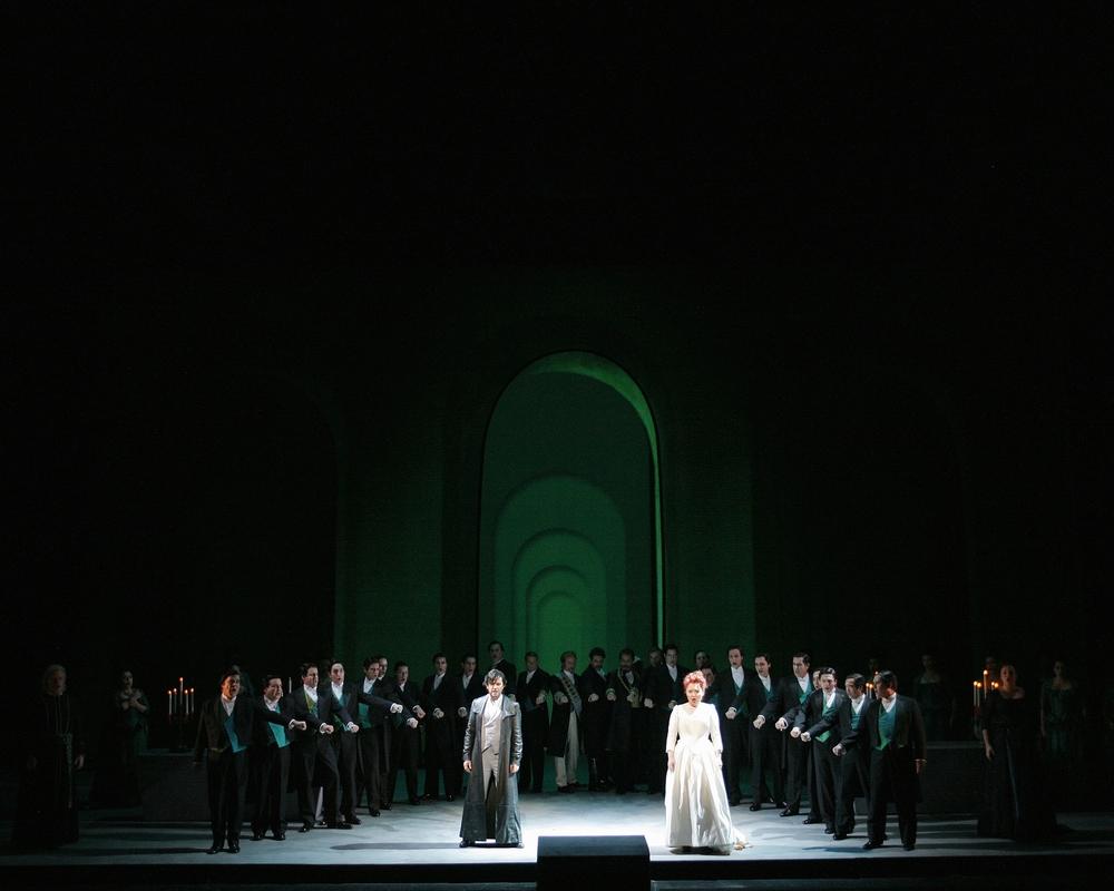 Lucia di Lammermoor  | LA Opera    photo: Robert Millard
