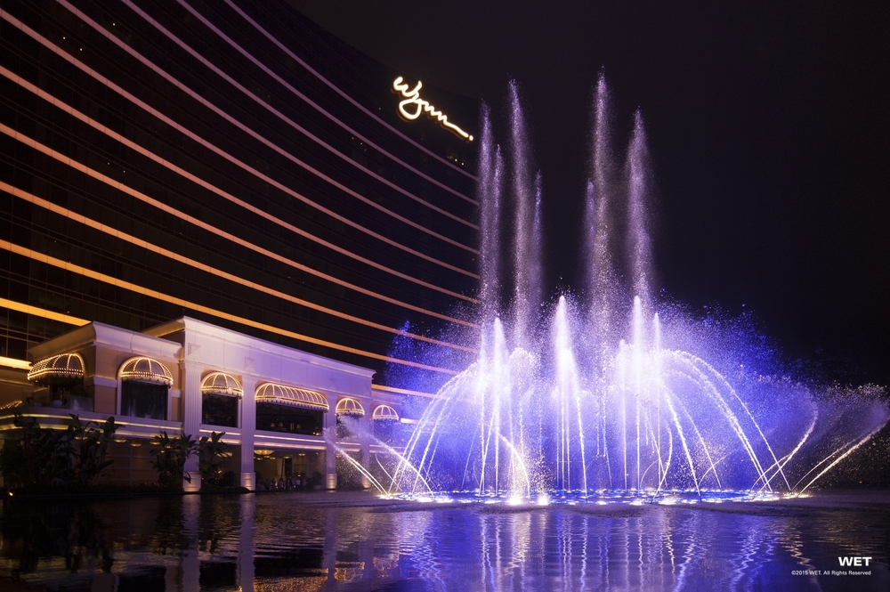 wynn fountains   macau     creative consultant   choreographer    photo:WET design