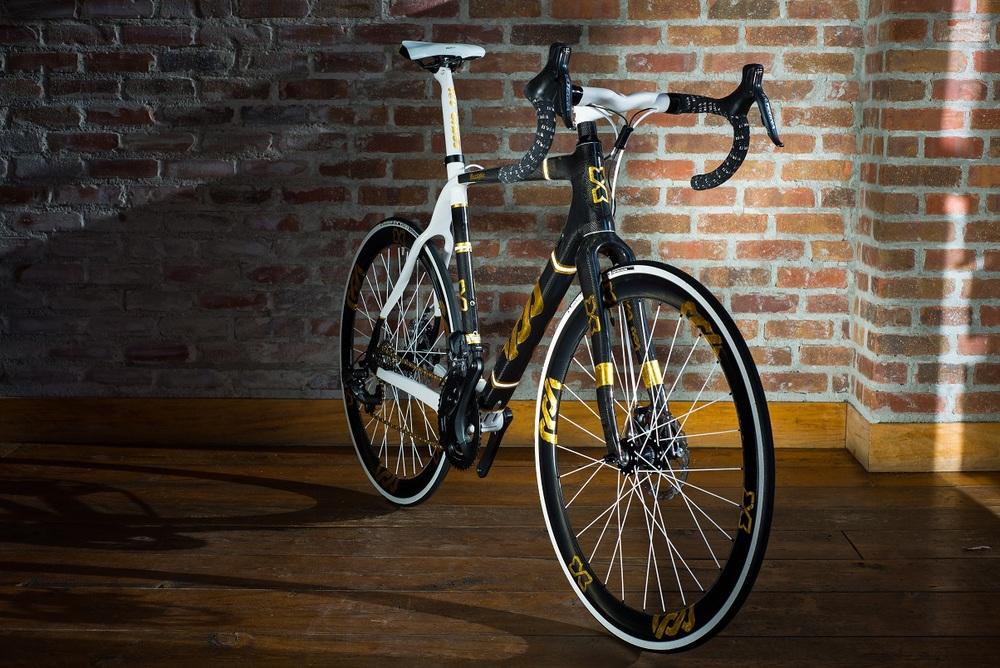 lov bikes - huxxtable