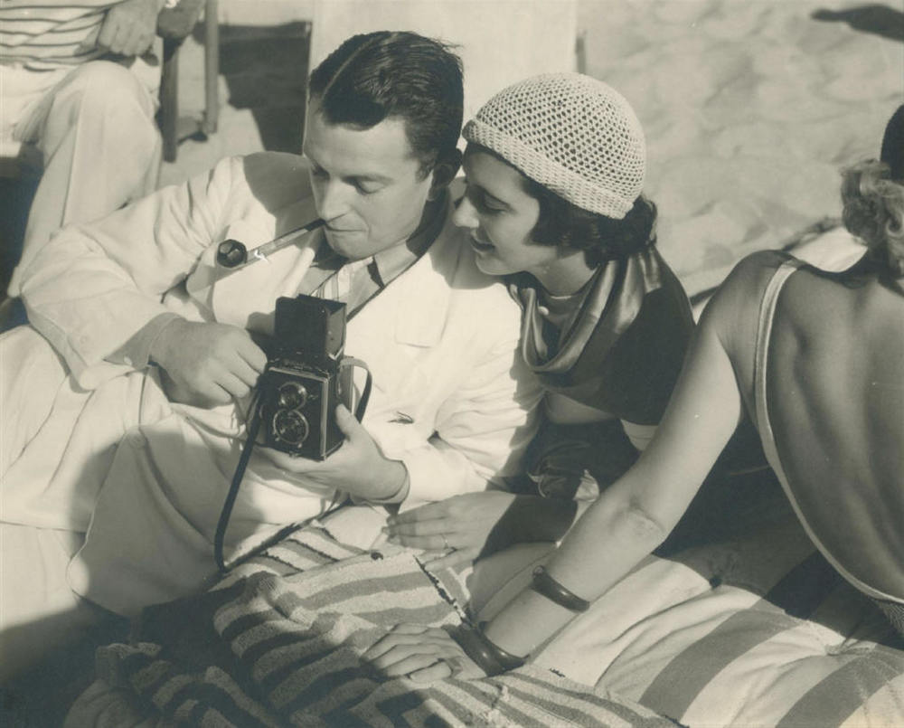 Edward Steichen & Lilyan Tashman, Beach Party, Hollywood 1931
