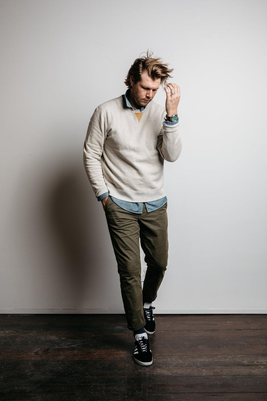 Kirk's Look - 01. Billy Reid Fleece Crewneck Sweater02. Rag & Bone Chinos03. Adidas Gazelle Sneakers