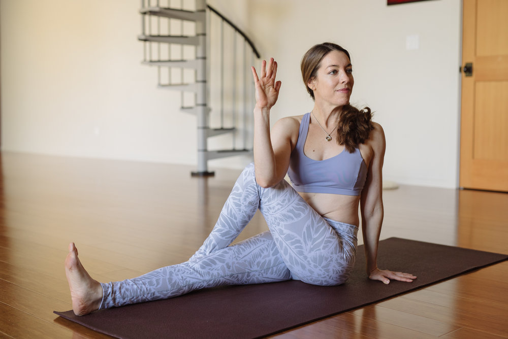 Nicole_Yoga (8 of 32).jpg
