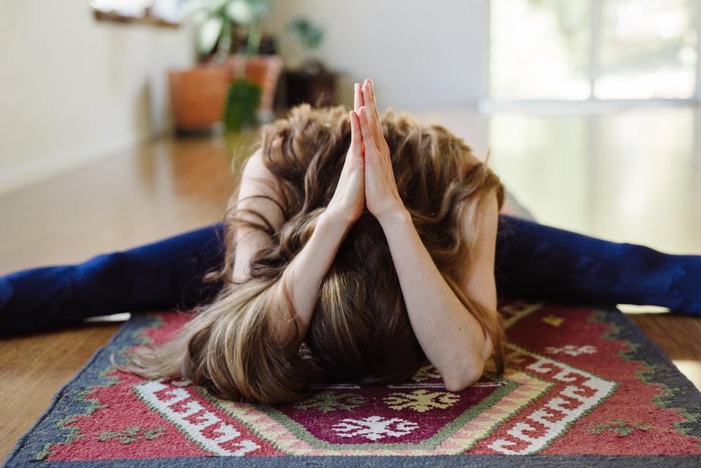 Nicole_Yoga (19 of 32).jpg