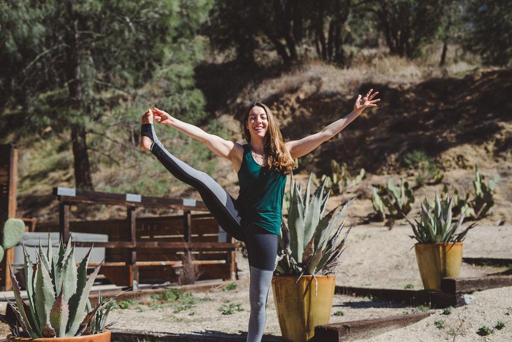 Nicole_Yoga (24 of 32).jpg