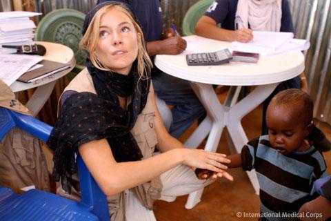 Sienna-Miller-SeeKatRun-1.jpg