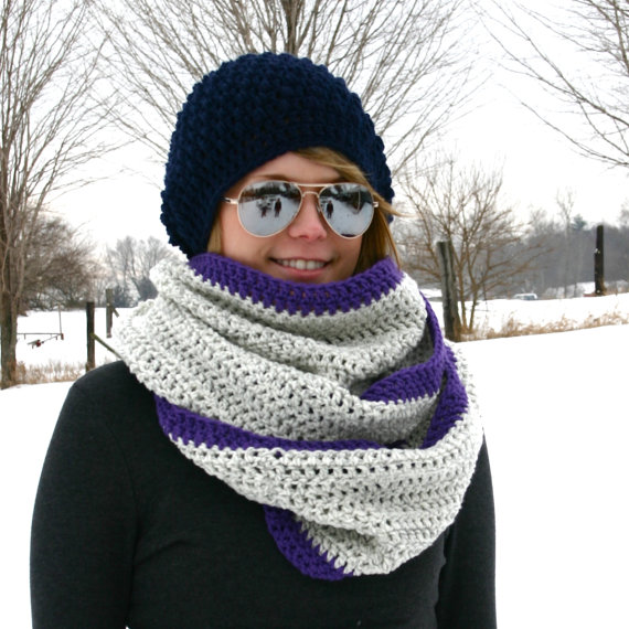Two Color Chunky Scarf by WarmsMyHeart