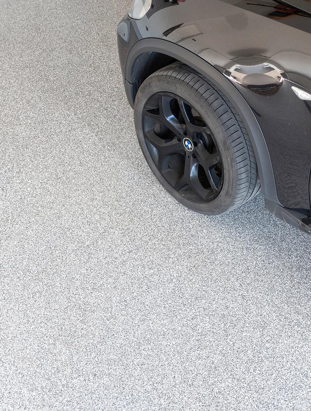 Garage_floor.jpg