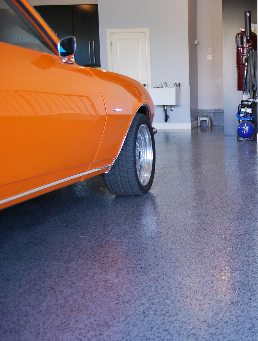 orangecar_rockyfloor.jpg