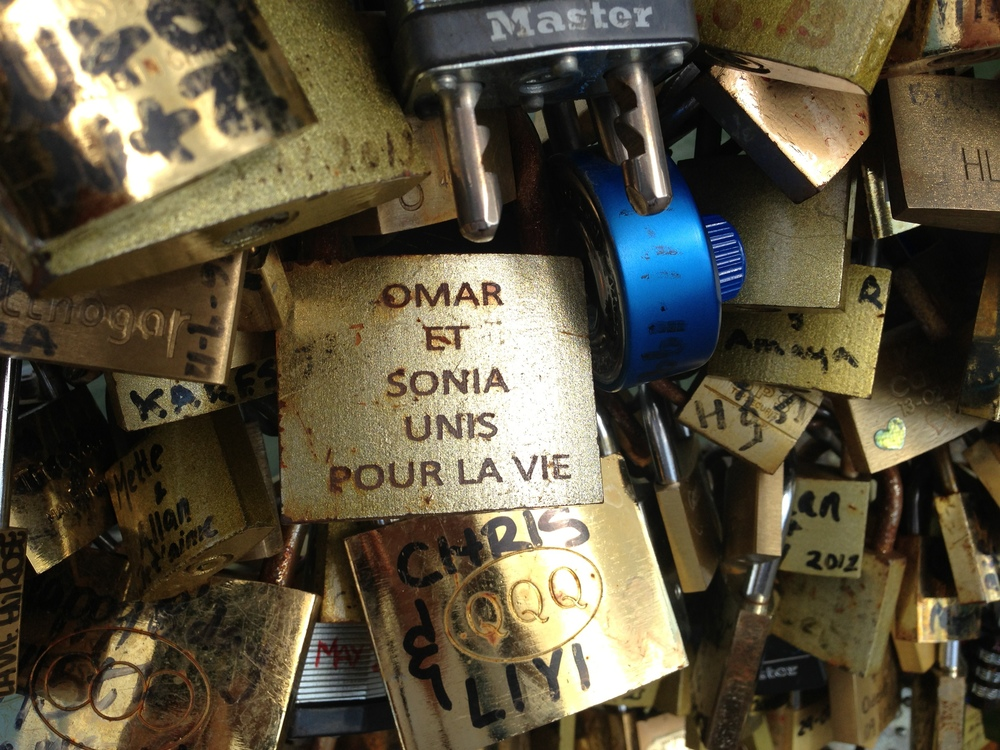 Ah, Love. Pont des Arts