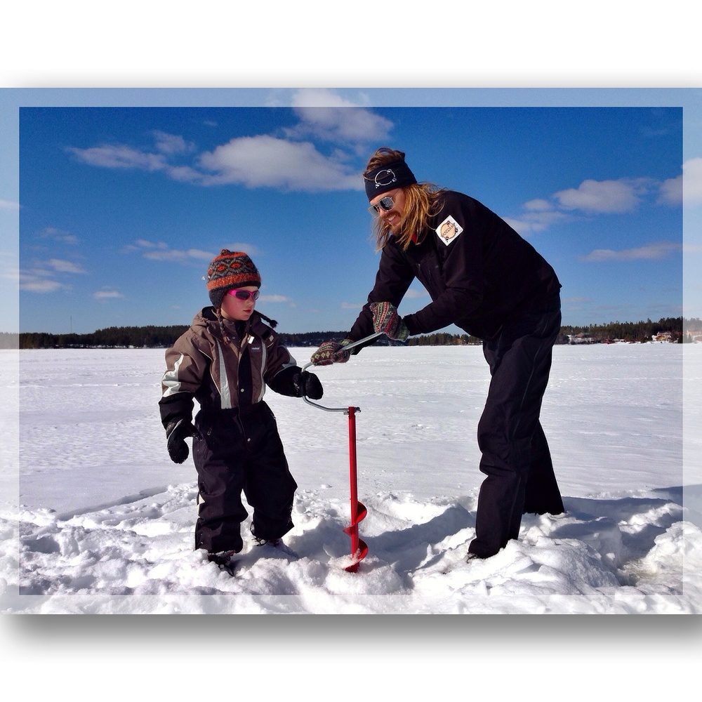 Drilling an ice fishing hole with Teddy