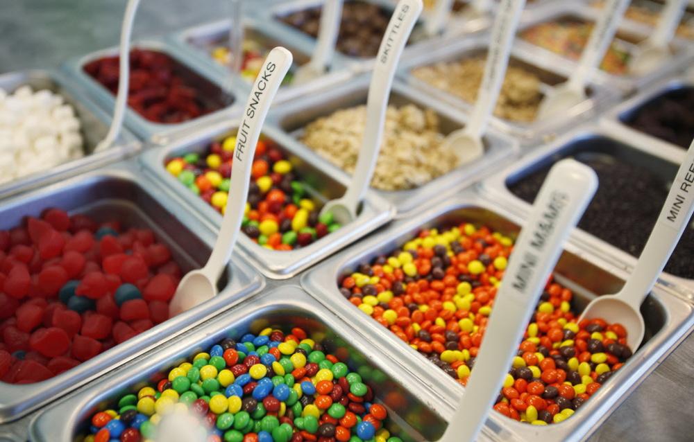 http://southriversource.com/2012/09/10/new-yogurt-store-hops-into-edgewater/