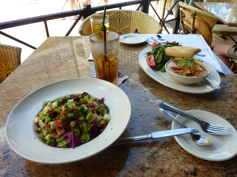 Travelling with food intolerances - eating in Hawaii